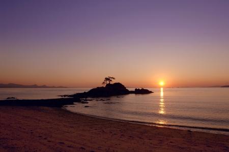 the setting sun: Setting sun