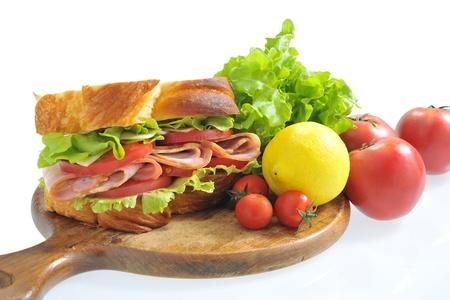 ベーコンとレタスとトマトのサンドイッチ