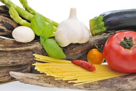 Vegetables and spaghetti Stock Photo - 16336294