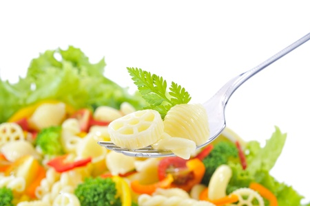 short pasta: Macaroni and vegetable salad