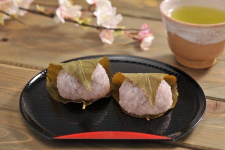 teacake: Sakura mochi(rice cake)