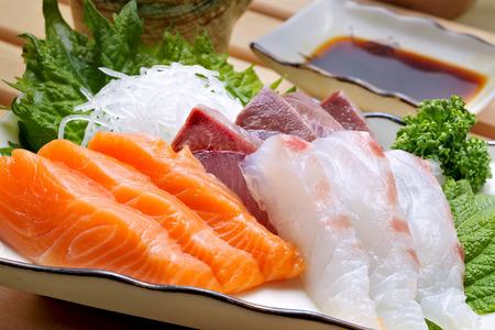 bream: Sashimi platter