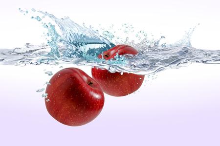 水の中のリンゴ