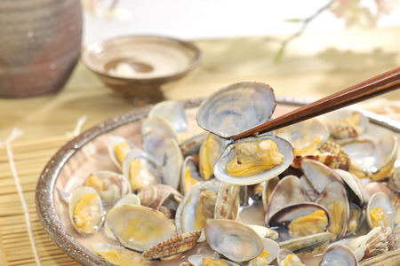 sake: Sake steamed clams