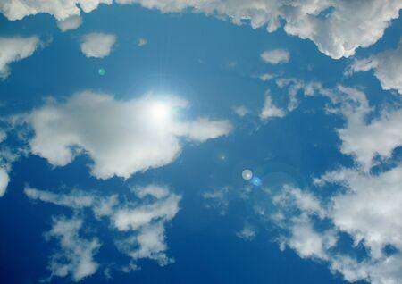 white clouds in a blue sky Stok Fotoğraf - 133487554