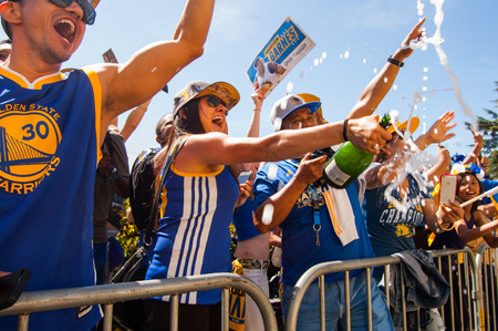 nba: 2015 NBA Championship Warriors Parade