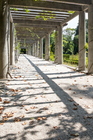 lintels: promenade in the park - intimate space in nature Stock Photo