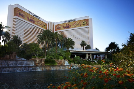 LAS VEGAS, NEVADA / USA – SEPTEMBER 26, 2011: The Mirage Hotel and Casino on September 26, 2011. Opened in 1989, the Mirage has obtained a AAA Four Diamond Award. Stock Photo - 10719964