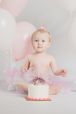 1 year old: One year old girl birthday portraits with smash cake
