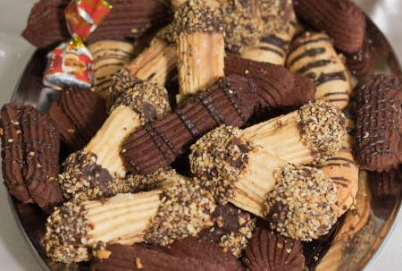 sweettooth: Festive coffee cookies with chocolate cream