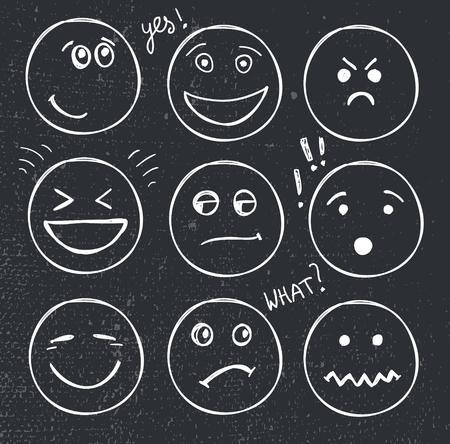 vector conjunto de caras dibujadas a mano, estados de ánimo, sonríe aislado. Ilustración, garabato