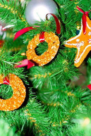 gingerbread cakes in the christmas tree Stock Photo - 3899635
