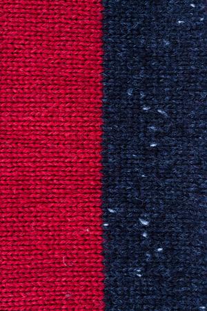 hilo rojo: fondo de textura de punto rojo y negro Foto de archivo