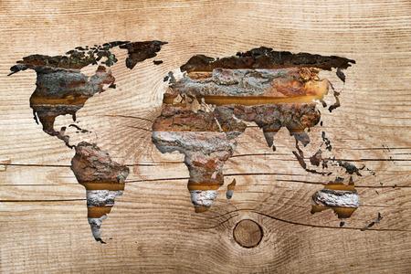 mapas conceptuales: mapa del mundo en el fondo de madera de �poca Foto de archivo
