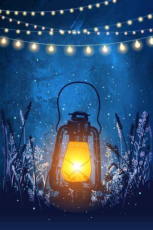 Incredibile lanterna vintage sull'erba con magiche luci di lucciole sullo sfondo del cielo notturno. Illustrazione vettoriale insolita. Biglietto di ispirazione per matrimoni, appuntamenti, compleanni, tè o feste in giardino. Appendere luci decorative natalizie Vettoriali