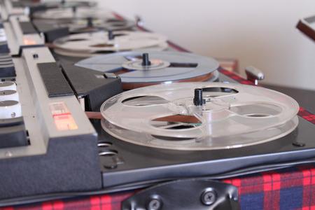 grabadora: Antiguo rollo retro Audio Recorder Foto de archivo