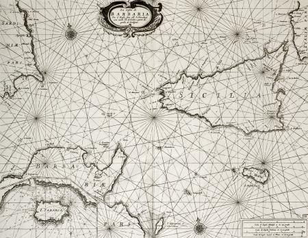 topografia: Antiguo mapa mar�timo de �frica del Norte y costa sur del Mediterr�neo, en torno a Sicilia, Cerde�a, Malta y el Cabo Bon, incluyendo un mapa inserto de Tabarka isla. El mapa original puede ser datada en la segunda mitad de c 17.