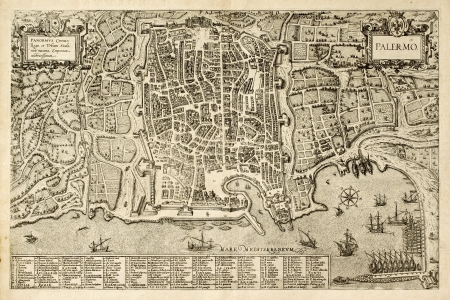 Antique map of Palermo, the main town in Sicily. The map can be dated to the 17th century and bears 162 numbered marks for places description Stock Photo - 14986455