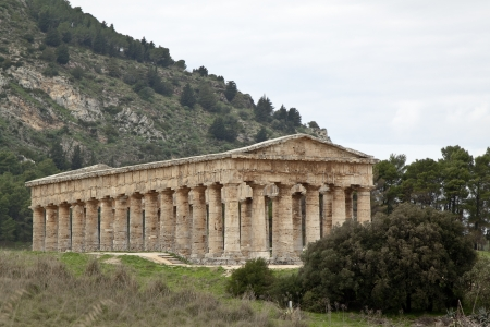 segesta: Temple of Segesta side view, western Sicily Stock Photo