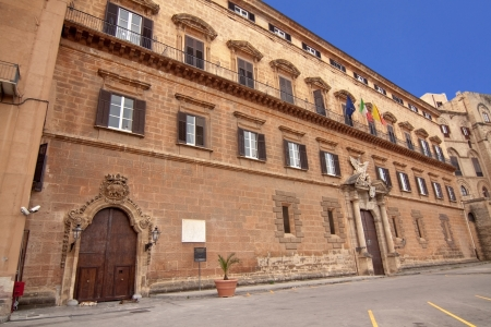 reale: Palazzo Reale (Royal palace) renaissance side in Palermo: the seat of the regional parliament of Sicily