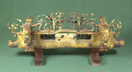 folkloristic: Old sicilian cart decorated rear axle