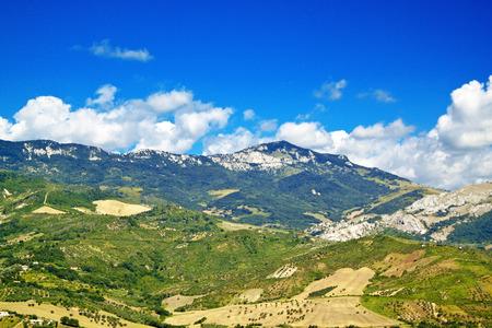abruzzo: Abruzzo landscape from Tocco da Casauria viewpoint, Italy