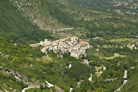 abruzzo: Pettorano sul Gizio is a small medieval town in Abruzzo region. It ranks among the most beautiful villages in Italy
