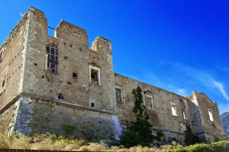 abruzzo: Tocco da Casauria castle, Abruzzo region, Italy