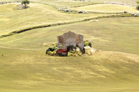 ruined: Ruined house in Sicilian countryside