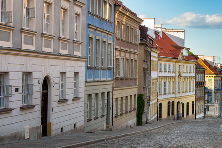 Old town of Warsaw. Different buildings. The travel destination of Poland Standard-Bild