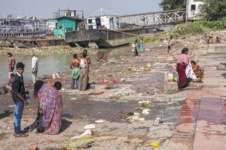 ascetic: CALCUTTA, INDIA - CIRCA NOVEMBER 2013: ghats in Calcutta circa November 2013 in Calcutta. Editorial