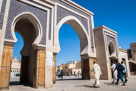 fes: FES, MOROCCO - CIRCA SEPTEMBER 2014: Bab Rcif gate of the old medina in Fes  circa September 2014 in Fes. Editorial