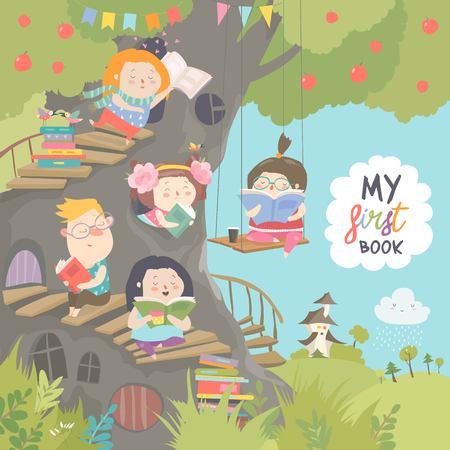 Niños felices leyendo libros en la casa del árbol Ilustración de vector