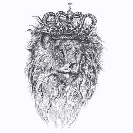 Hand drawn vector tattoo illustration with lion in royal king crown for design Çizim