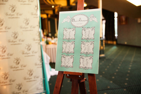 wedding reception decoration: Seating plan for the wedding guests