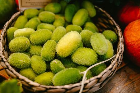 cavie: Cetriolo verde peloso. Natura verde