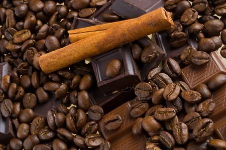 closeups: chocolate coffee and cinnamon sticks