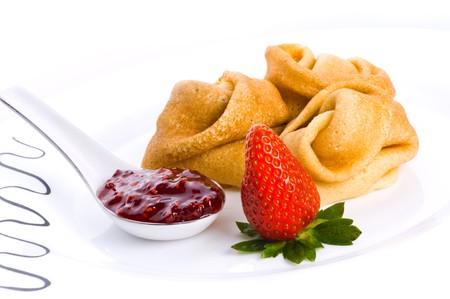 bign�: Frittelle con marmellata di fragole e fragola