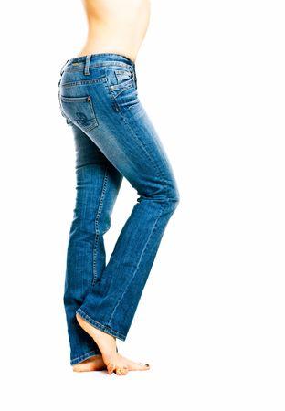 Hose: M�dchen in Jeans. Isolation auf dem wei�en