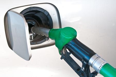 priming: Priming of the car by gasoline