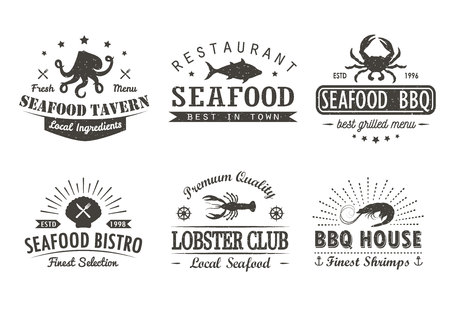 Conjunto de mariscos vintage, barbacoa, plantillas de icono de parrilla, insignias y elementos de diseño. colección para marisquería, cafetería, restaurante. Hipster y estilo retro. Ilustración de vector