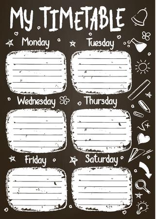 Modello di orario scolastico sulla lavagna con testo in gesso scritto a mano. Lezioni settimanali shedule in stile abbozzato decorato con scarabocchi scolastici disegnati a mano su blackbord.