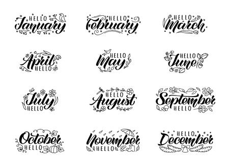 Set di lettere disegnate a mano con nomi di mesi e scarabocchi. Titoli di mesi scritti a mano per stampa, invito o biglietti di auguri, brochure, poster, calendario, pianificatore, diario, t-shirt, tazze. Vettoriali