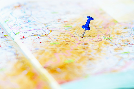 map pin: destination and blue pin on the map