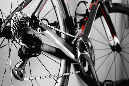 route: pi�ces roue de bicyclette, de la cha�ne, le v�lo cadre de v�lo de route Banque d'images