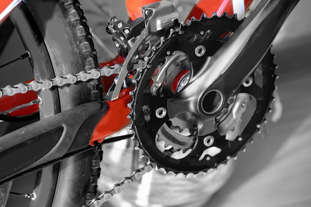 front wheel mountain bike handlebar, front shock absorber, frame, cross country