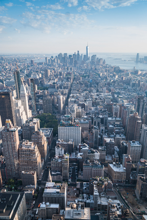 manhattans: Aerial view of Manhattans midtown and downtown