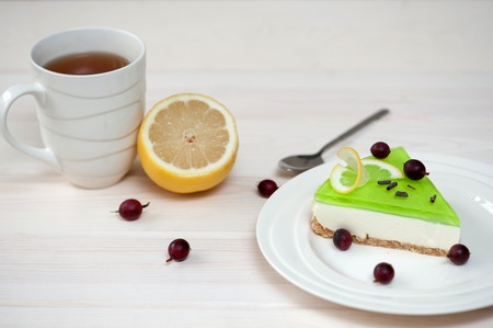 gels: cheesecake with green jelly, berries and chocolate chips
