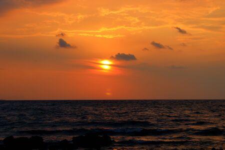 sunset over the sea Archivio Fotografico - 127175709
