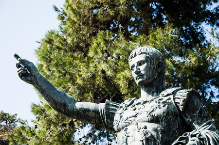 absolutism: statue of Augustus Caesar